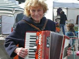 Guildfors accordion Club- Sue Coppard
